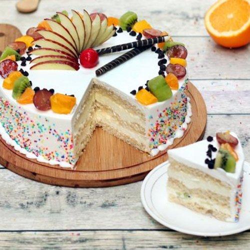 https://media.bakingo.com/sites/default/files/styles/product_image/public/vanilla-fruit-cake-cake894frui-C.jpg?tr=h-500,w-500