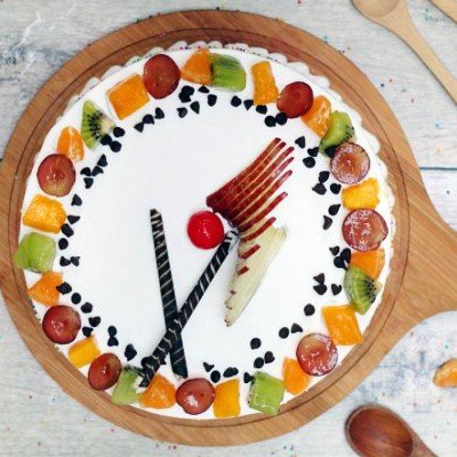 https://media.bakingo.com/sites/default/files/styles/product_image/public/vanilla-fruit-cake-delhi-cake997vani-B.jpg?tr=h-500,w-500