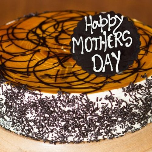 https://media.bakingo.com/sites/default/files/styles/product_image/public/warm-affection-a-mothers-day-special-cake-C.jpg?tr=h-500,w-500