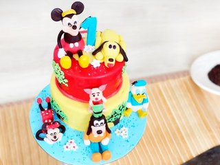Multi flavored disney fondant cake