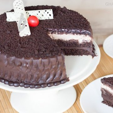 https://media.bakingo.com/sites/default/files/styles/product_image/public/zoom-view-of-chocolate-mud-cake-in-ghaziabad-cake0862flav-c.jpg?tr=h-360,w-360