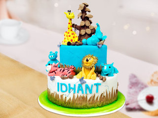 Animal in Jungle Themed Cake