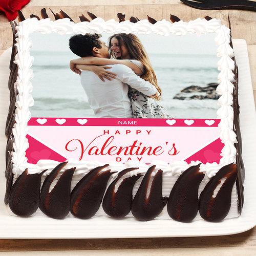 https://media.bakingo.com/sites/default/files/valentines-day-photo-cake-phot1131flav-A.jpg