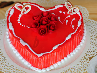 Zoomed View of Juicy Heart Shape Strawberry Cake