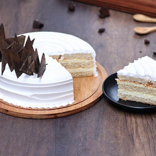 https://media.bakingo.com/sites/default/files/vanilla-vegan-cake-cake1501vani-C.jpg