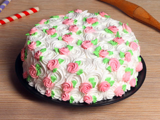 White Polka Cream Cake