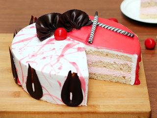 Sliced View of Strawberry Vanilla Cake in Noida