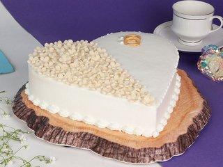 Vanilla Heart Cake