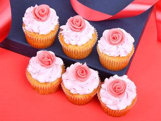 Vanilla Strawberry Cupcake